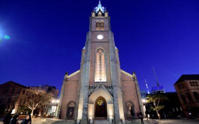 首爾 X 明洞聖堂 X 喧囂鬧區中寧靜聖地